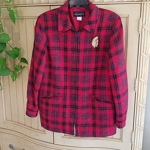 5/$15❤Requirements red plaid zip up